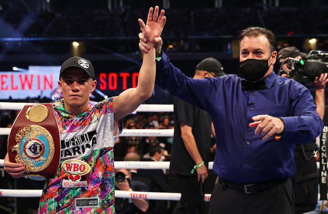 Elwin Soto defends his WBO light flyweight title Photo Credit: Ed Mulholland/Matchroom