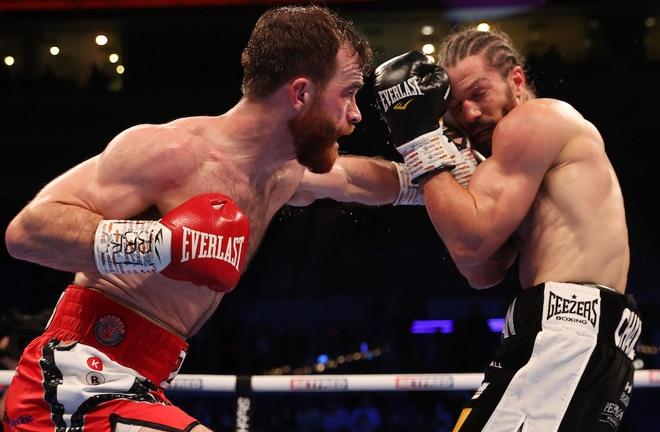 Luke Willis edged past Rylan Charlton Photo Credit: Mark Robinson/Matchroom Boxing
